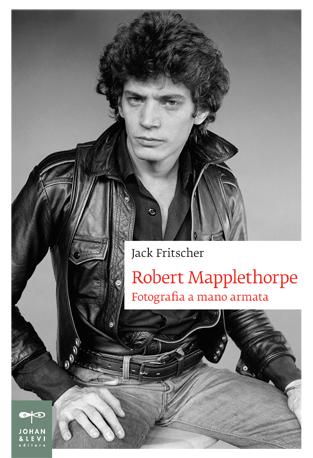Jack Fritscher biografia di Robert Mapplethorpe, Fotografia a mano armata
