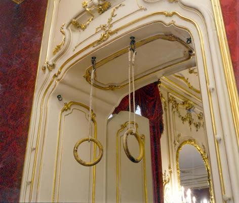 Imperatrice Sissi culto della bellezza anelli per esercizi a palazzo